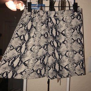 Tobi snake print skirt 🐍